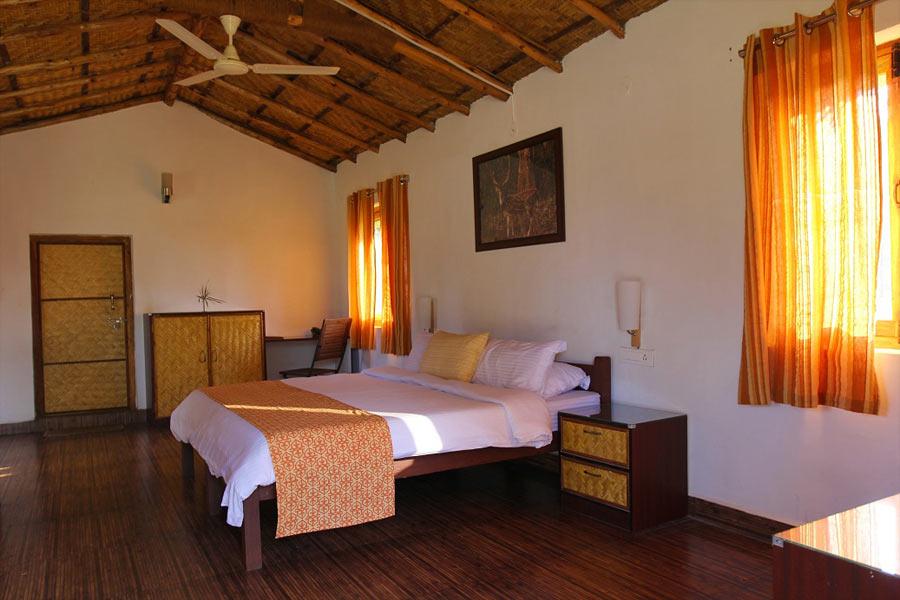 Masinagudi Accommodation Tree House And Cottages Jungle